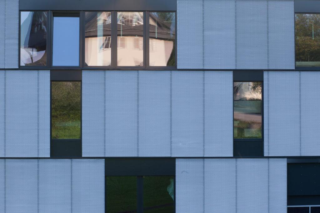 Gewerbebau-Küng Saunabau-Talstrasse-Altendorf-MO-Architektur-Uznach-Linthgebiet-Ostschweiz-5581