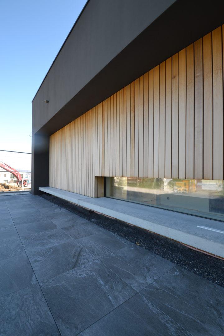 Sitzbank Holzfassade