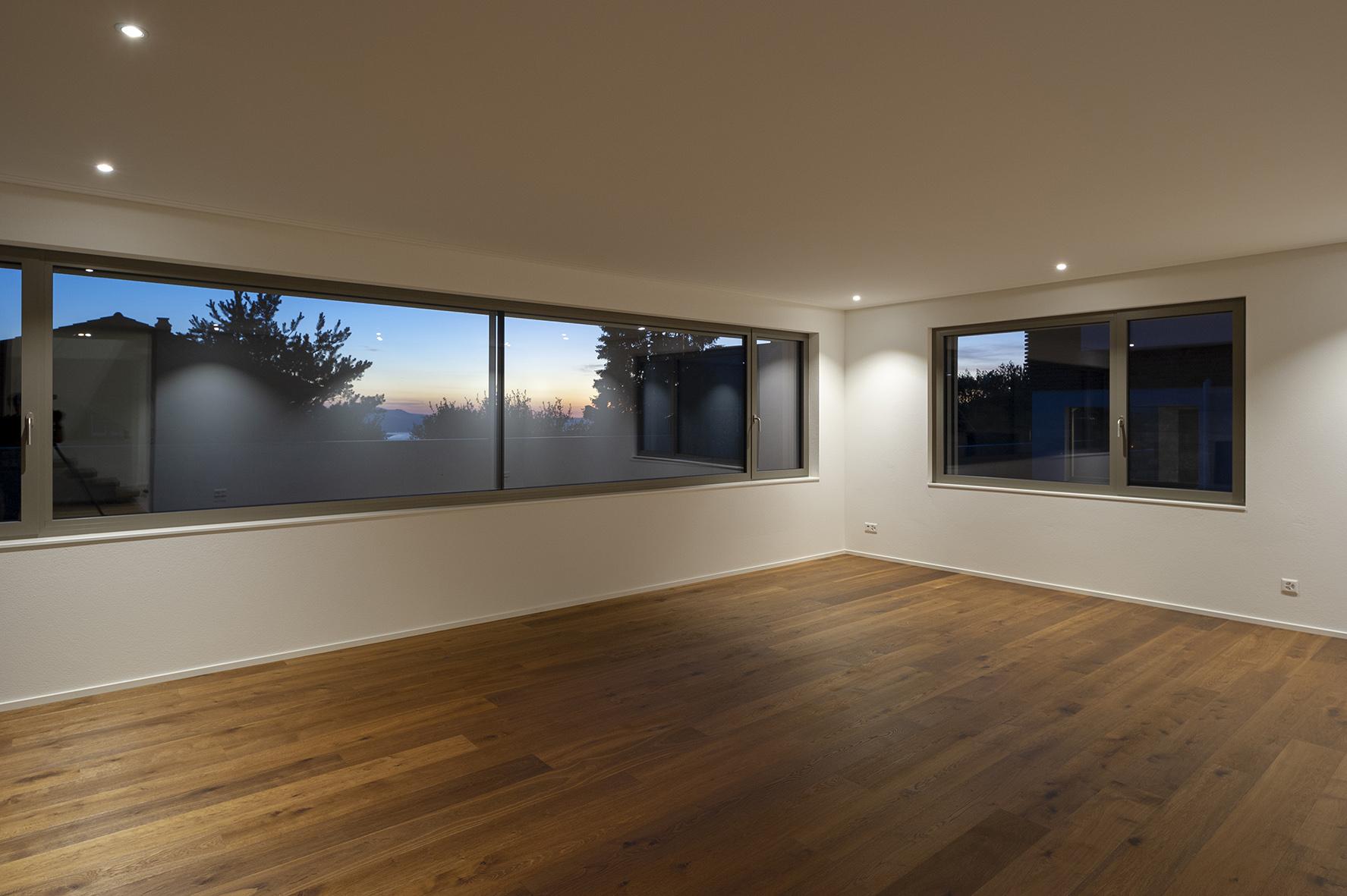 Wohn-und Geschäftshäuser-Ottenhofenstrasse 33-35-37-MO-Architektur-Uznach-Linthgebiet-Ostschweiz-Fenster mit Glasstoss